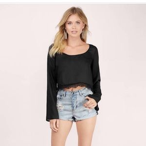 🆕Crop top with lace trim
